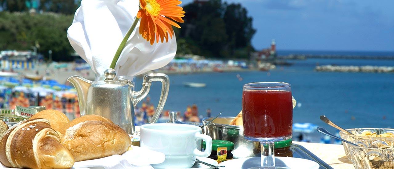 hotel-rivamare-ischia-1